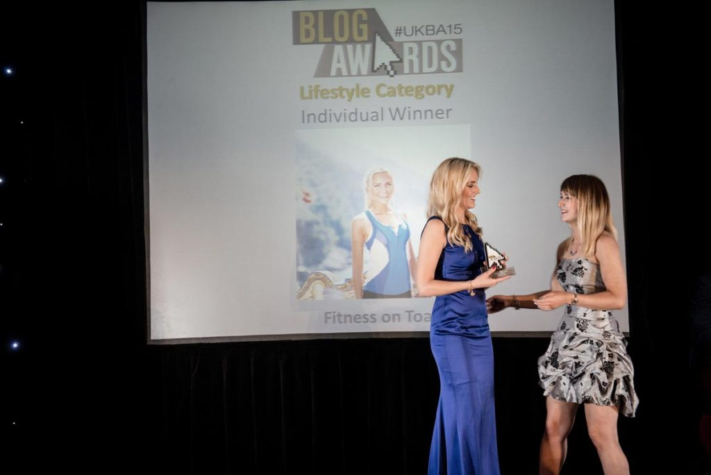 Alina awarding best lifestyle blog to Fitness on Toast