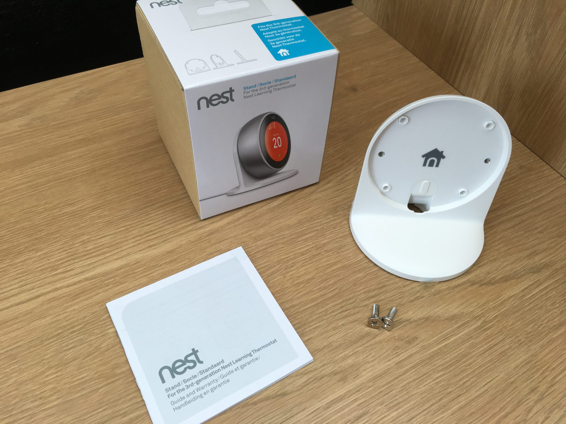 Nest stand