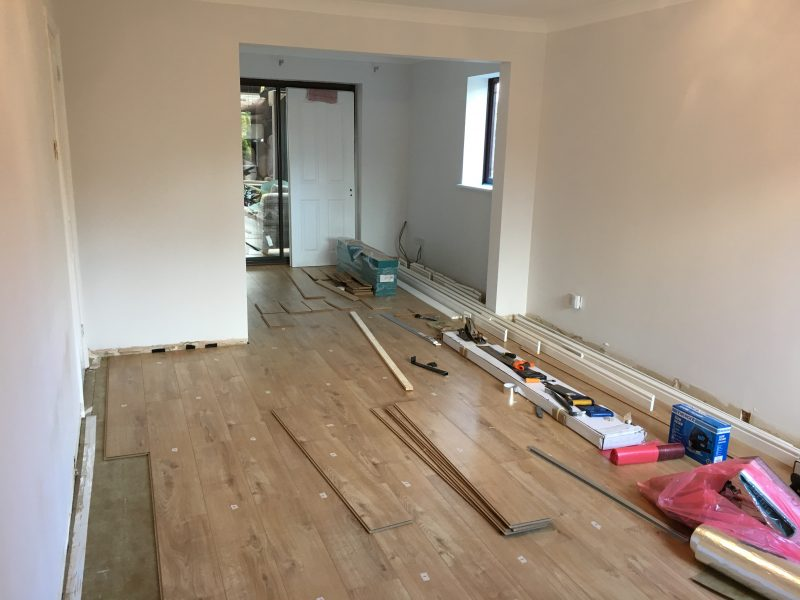 Laying Venezia Oak Laminate Flooring From Wickes Life Of Man